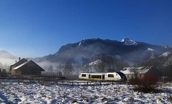 2018 01 Bedous train neige P G IMGP0011d1 COUPEE